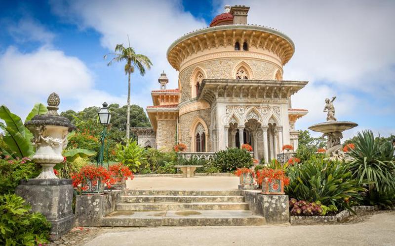 The-Monserrate-Palace